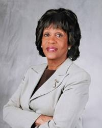 Fed's Hiring Practices Lack Diversity, Says Maxine Waters