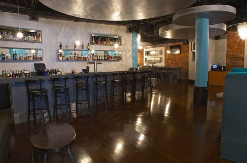 Boston Lounge Serves up Southern and Island comfort in Leather District
